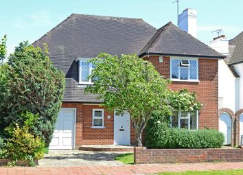 4 bed detached house to rent in Parkwood Avenue, Esher KT10