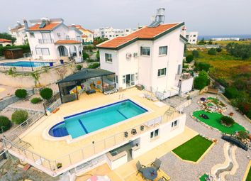 Thumbnail 4 bed villa for sale in Bahceli
