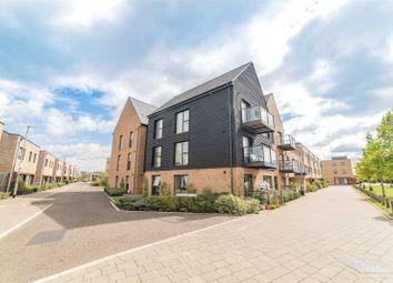 Vicarage Way, Trumpington, Cambridge CB2. 2 bed flat for sale