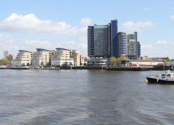 Thumbnail 2 bed flat to rent in Falcon Wharf, Lombard Rd, Battersea