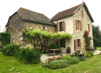 Thumbnail 3 bed cottage for sale in Rieupeyroux, France