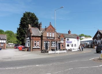 Thumbnail Pub/bar for sale in London Road, High Wycombe