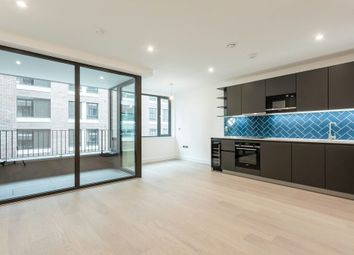 Thumbnail 2 bed flat to rent in 154 Hackney Road, Shoreditch