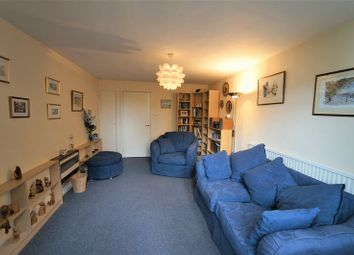 1 bed flat for sale in Burlington Close, London W9