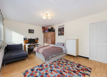 Thumbnail 2 bedroom flat for sale in Rahere House, Central Street, London