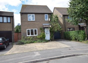 Thumbnail 3 bed detached house to rent in Tamarind Way, Earley, Reading