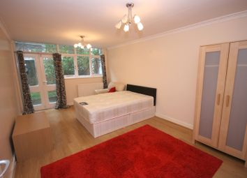 Thumbnail 4 bed town house to rent in Parfett Street, London