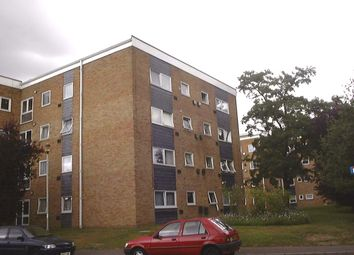 Thumbnail 2 bed flat to rent in Aplin Way, Isleworth