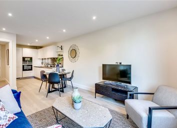 Thumbnail 2 bed flat to rent in Broomhouse Lane, London