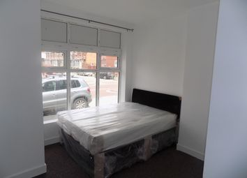 Thumbnail Room to rent in Tootal Road, Salford