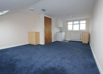 Thumbnail 4 bed shared accommodation to rent in Waverley Road, London