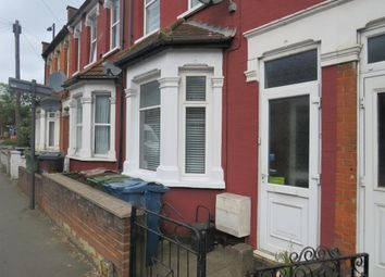 Thumbnail 3 bed property to rent in Masons Avenue, Harrow