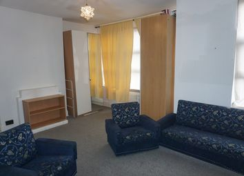 2 bed maisonette to rent in Ivy Road, Cricklewood NW2