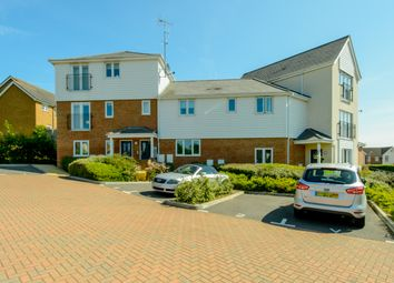 Thumbnail 2 bed flat to rent in Forest Avenue, Ashford