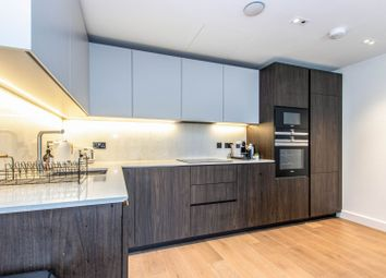 Cawthorn Apartments, Fulham SW6. 2 bed flat for sale