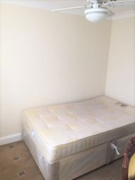 Thumbnail 3 bed flat to rent in Rosslyn Road, Barking