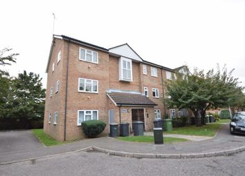 Thumbnail 2 bedroom flat to rent in Quilter Close, Luton
