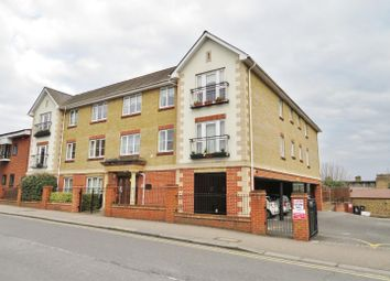 Thumbnail 2 bed flat for sale in Victoria Road, Buckhurst Hill
