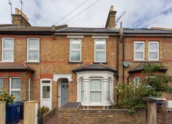 Endsleigh Road, London W13. 2 bed flat