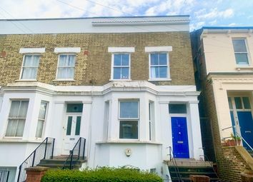 Room to rent in Devonport Road, London W12