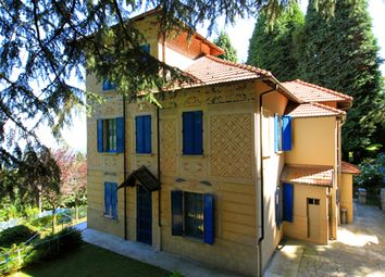 Thumbnail 4 bed villa for sale in Via Sempione Nord, Stresa, Verbano-Cusio-Ossola, Piedmont, Italy
