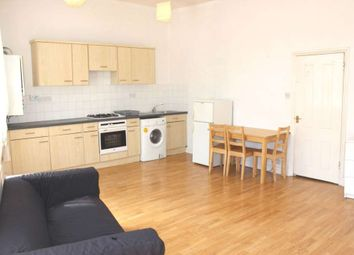 Thumbnail 1 bed flat to rent in Crossway, London