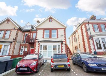 Chapel Park Road, St. Leonards-On-Sea, East Sussex TN37. 2 bed flat for sale