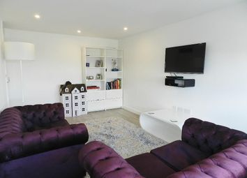 Thumbnail 2 bedroom flat to rent in Strasburg Road, London