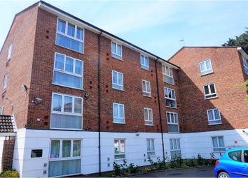 Thumbnail 2 bedroom flat for sale in 131 Bridge Lane, London