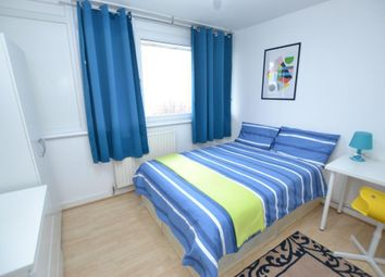 Thumbnail Room to rent in Whitton Walk, Bow, London