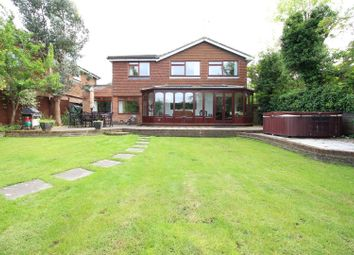 Thumbnail 5 bed detached house to rent in Richmond Way, Fetcham, Leatherhead