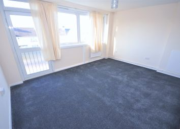 Thumbnail 3 bedroom flat to rent in Phipps Bridge Road, Mitcham