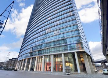 Thumbnail 2 bed flat to rent in Hertsmere Road, Canary Wharf