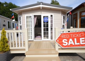 Thumbnail 2 bed mobile/park home for sale in Carlton Meres Holiday Park, Saxmundham, Suffolk.