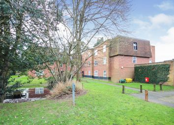 Thumbnail 1 bed flat for sale in Windsor Close, Bovingdon, Hemel Hempstead