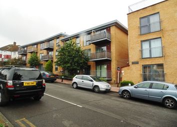 Thumbnail 2 bedroom flat for sale in Maylands Drive, Sidcup