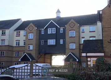 Thumbnail 1 bed flat to rent in Lewes Close, Grays
