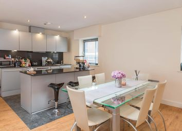 Thumbnail 3 bed flat to rent in Islington Gates, Fleet Street
