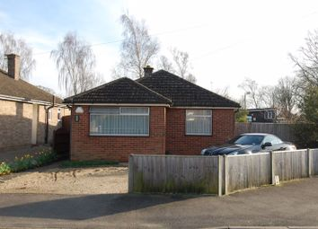Thumbnail 2 bed detached bungalow for sale in Benmead Road, Kidlington