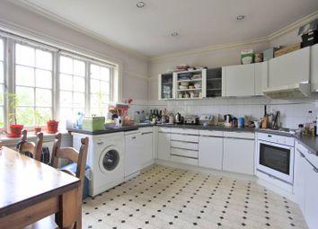 Thumbnail 3 bed flat to rent in Corringham Road, Golders Green, London