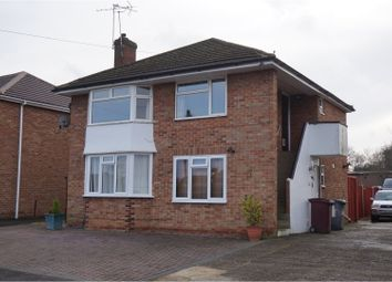 Thumbnail 2 bedroom maisonette to rent in Amblecote Road, Reading