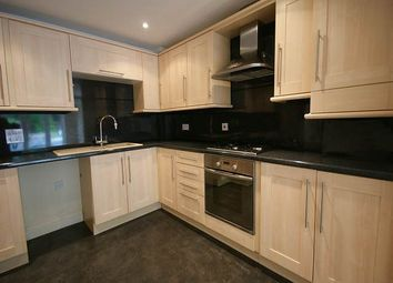 Thumbnail 2 bed flat to rent in Portsmouth Road, Horndean, Waterlooville