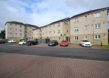 Thumbnail 2 bed flat for sale in 5 Balfour Gardens, Glenrothes