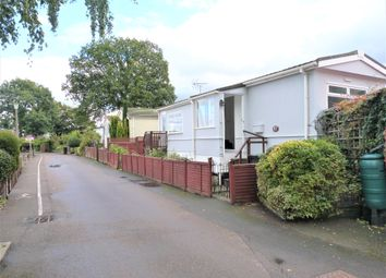 1 bed mobile/park home to rent in The Elms, Lippitts Hill, Loughton IG10