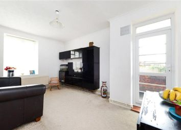 Thumbnail 3 bedroom flat to rent in Frampton Park Road, London Fields, Hackney