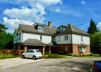 Thumbnail 2 bed flat to rent in Bassett Wood Road, Southampton