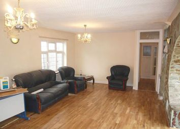 Thumbnail 5 bedroom shared accommodation to rent in Byng Drive, Potters Bar, Herts, Hertfordshire