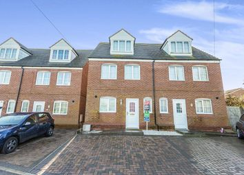 4 bed semi-detached house to rent in Radnor Close, Rubery, Rednal, Birmingham B45
