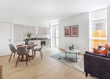 Woking, Surrey GU21. 2 bed flat for sale