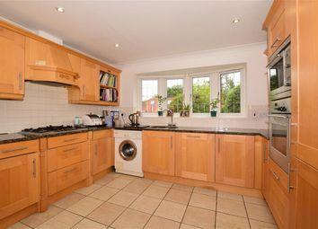 Redleaf Close, Fetcham, Leatherhead, Surrey KT22. 4 bed bungalow